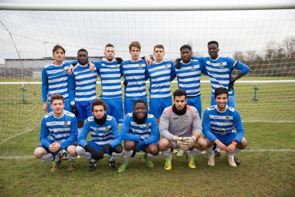 Football: Onabolu Cracker Puts QM Top